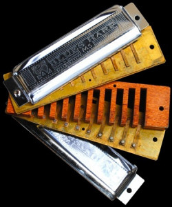 Harmonica eventail